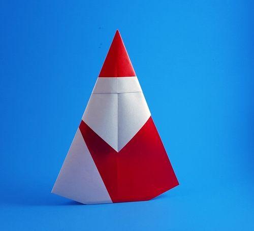 Origami Santa Claus by Matsuno Yukihiko folded by Gilad Aharoni