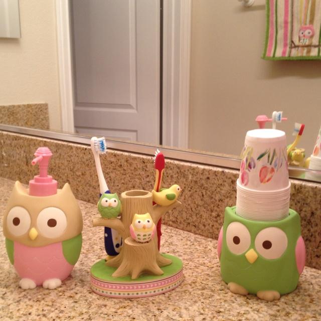 New owl bathroom for girls