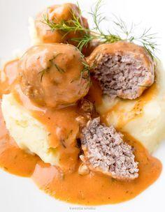 Pulpeciki w sosie koperkowo-pomidorowym    Meatballs  with dill and tomato sauce
