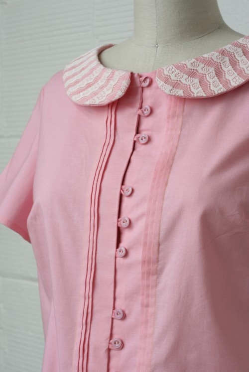 TUTORIAL: HOW TO MAKE BUTTON LOOPS FOR THE VIOLET BLOUSE