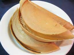 曼煎糕 Apam Balik 的做法, 只需用到平底鍋, 薄的厚的都能輕鬆在家做! 曼煎糕 Apam Balik (薄)材料:麵粉 ~ 160g酵母 ~ 3/4小匙蘇打粉 ~ 半小匙糖 ~ 3湯匙雞蛋 ~ 1個椰漿 ~ 75g牛奶 ~ 75g香草精 ~ 半小匙鹼水 ~ 1小匙餡料:花生碎 ~ 烤熟杏...