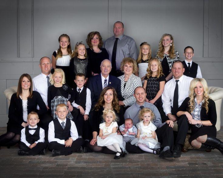 Best 20+ Studio Family...