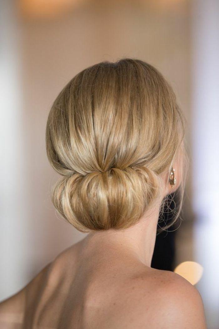 Ab 1001 Ideen Und Inspirationen Fur Fantastische Dutt Frisuren Mit Bildern Frisuren Frisur Hochgesteckt Dutt Frisur