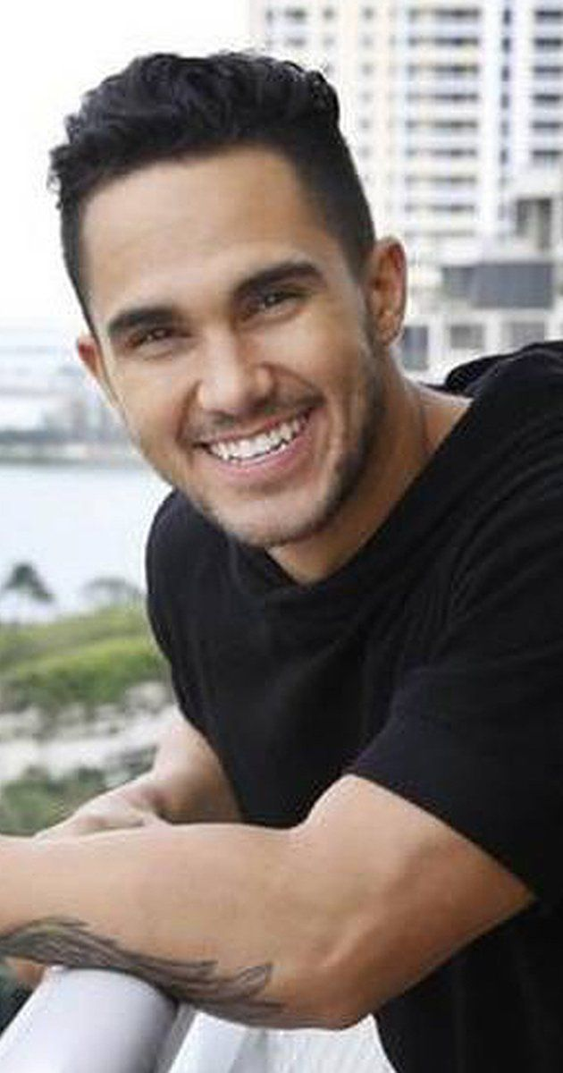 Carlos PenaVega will play Kenickie in Grease Live
