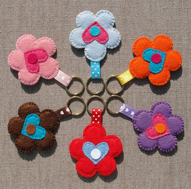 Felt Keychains (Vilten Sleutelhangers), set 3  by Made by BeaG, via Flickr