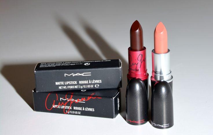 Dos labiales muy diferentes! Uno oscuro, tono ciruela y otro nude maquillaje: el Velvet Tedoy y el Viva Glam de Ariana Grande de M.A.C