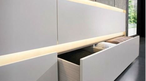 Keep your clothes perfectly organsied in a Hettich drawer system! Click on the pin to find out more! #wardrobedesign #storageideas