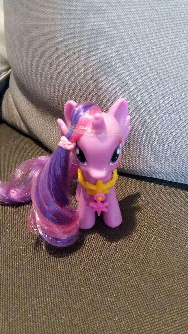 Twilight Sparkle alicorn toy