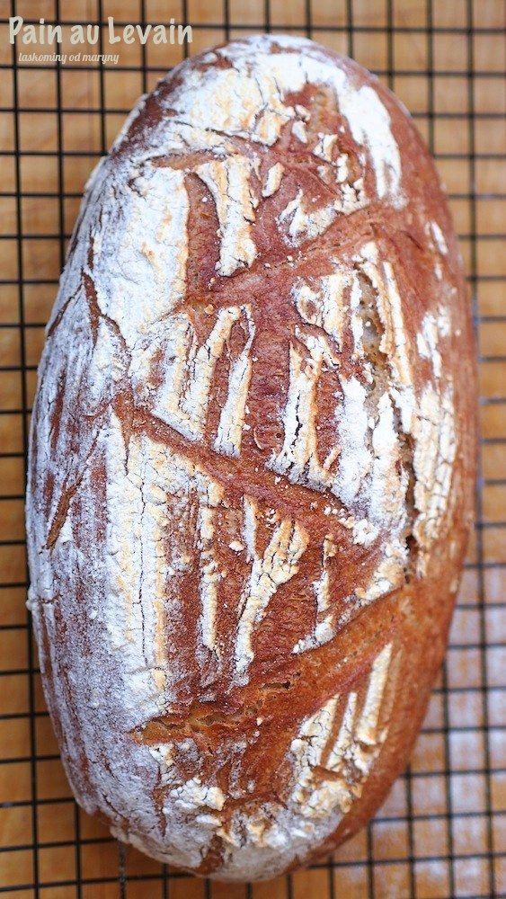 Pain au Levain podle Jeffreyho Hamelmana je velmi podobný našemu klasickému pšenično–žitnému chlebu. Vůně, která se line během jeho...