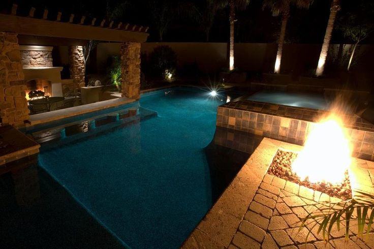 Swim up bar with hot tub and fire place