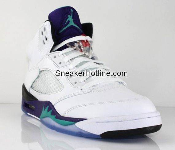 "Air Jordan 5 ""Grape"" My second favorite AJ of all times!"