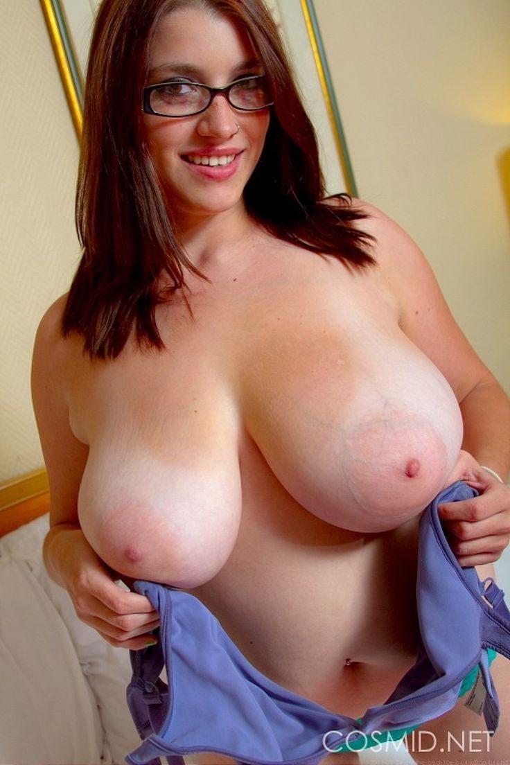 A beautiful breast lady size set 07