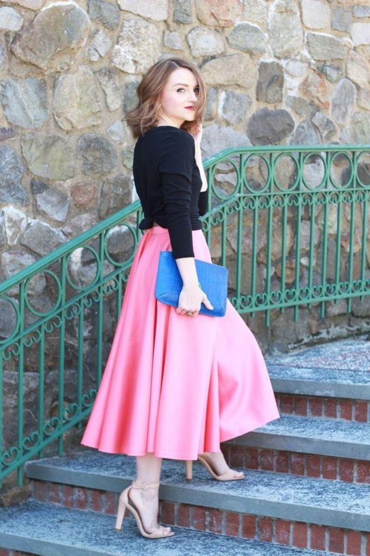 Poor Little It Girl - Gap Black T-shirt, ASOS Pink Midi Skirt, Zara Nude Heels - via @poorlilitgirl