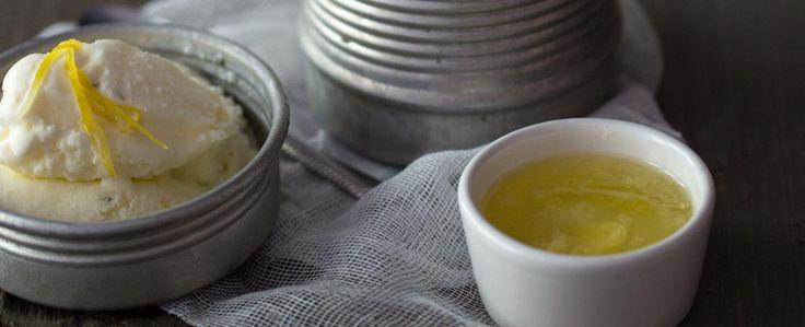 Recepty: Citronovo-zázvorová zmrzlina s horkým citronovým sirupem