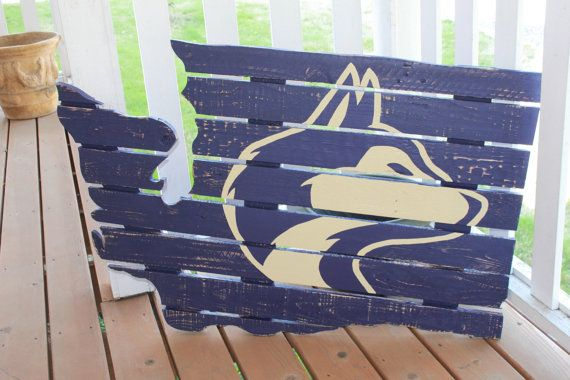 UW Huskies  -  University of Washington Husky Wood Pallet Sign
