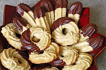 Mandel - Spritzgebäck, ein schönes Rezept aus der Kategorie Kekse & Plätzchen. Bewertungen: 13. Durchschnitt: Ø 4,1.