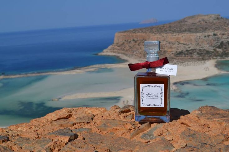 #SentireMediterraneo. Un mare che prima di essere un luogo fisico è un luogo dell'anima #FeelMediterranean. Before being a physical place, this sea is a place for the soul   Buy our #liqueurs on www.giardinidamore.com  #GiardinidAmore #liquore #mediterranean #crete #gramvousa #creteisland #greece #visitgreece #mixology #finedining #luxuryliving