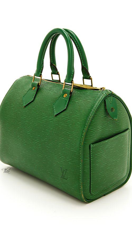 Louis Vuitton Lve this green!