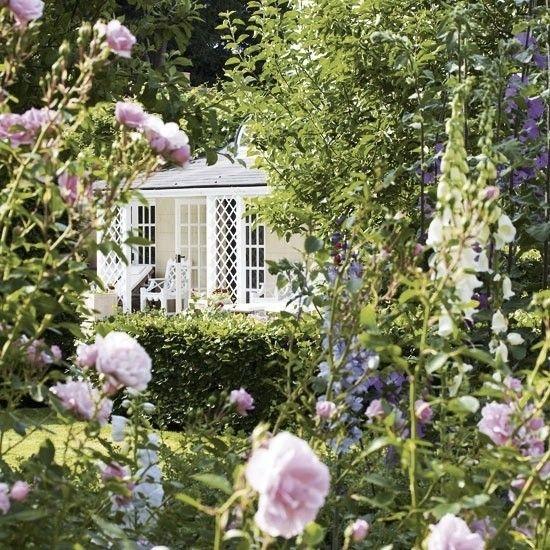 Gorgeous English country Garden Beautiful Gardens