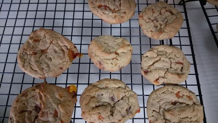 A Little Bit of Everything from Mike and Alysa blog Peanut Butterfinger Bit Cookies