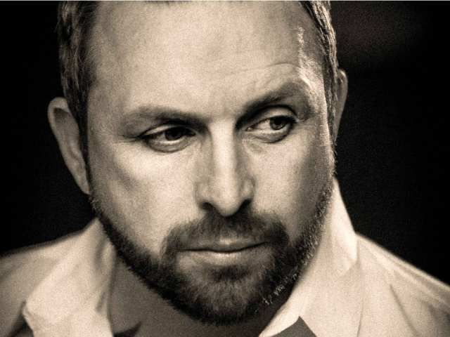 Johnny Reid explains what his love for Canada is all about