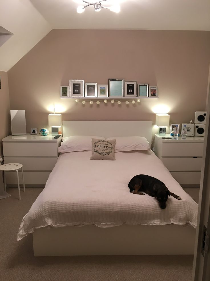 Natural Bedroom With Photo Feature Wall Nudetanneutral Malt Chocolate Dulux Paint Bedroom