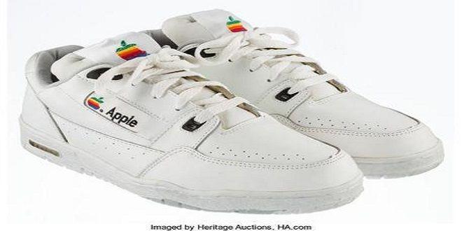Ultima occasione per le Sneakers  Apple: all'asta domani  #follower #daynews - https://www.keyforweb.it/ultima-occasione-per-le-sneakers-apple-allasta-domani/