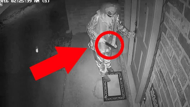 Top 10 Scariest Clown Sightings Videos - Disturbing Clown Sightings Caug...