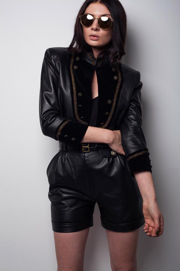 Mairi McDonald - http://www.mildred.co/issue-92/finesse-fashion/mairi-mcdonald/