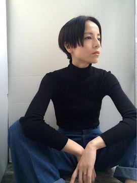 log 【 ラグ 】 暗髪センターパートショート!