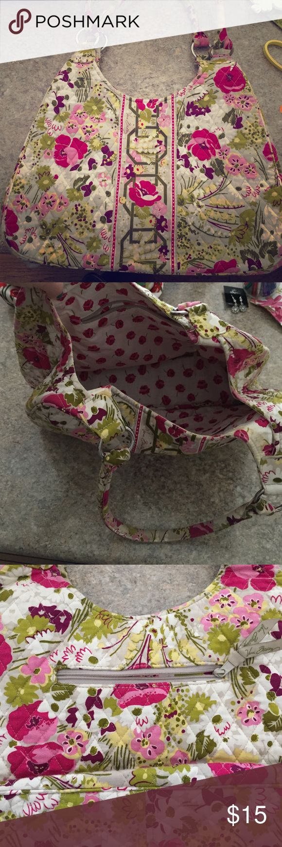 Vera Bradley purse Floral Vera Bradley purse. Gently used. Stains on inside but would probably come out with oxy clean and a wash. Vera Bradley Bags Shoulder Bags