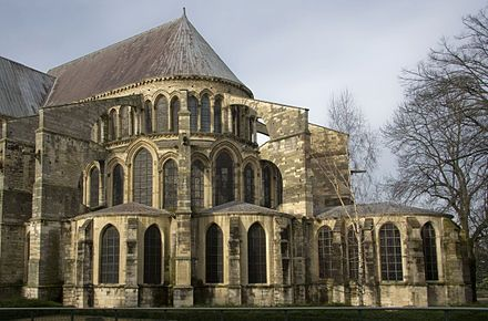 Flying buttress - Wikipedia, the free encyclopedia