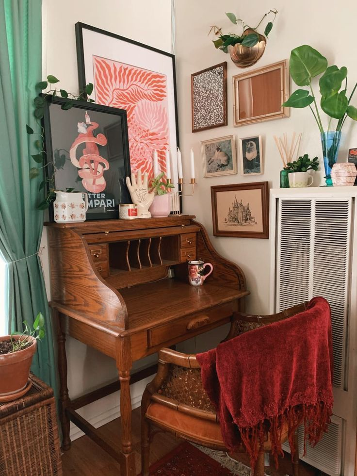 A Studio Apartment Didn T Come With A Kitchen So This Renter Turned A Closet Into One In 2020 Home Interior Decor