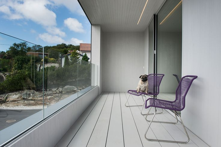 Singelfamily house  Built: 2015 Architect: Marita Hamre  Cladding and terrace: Accoya