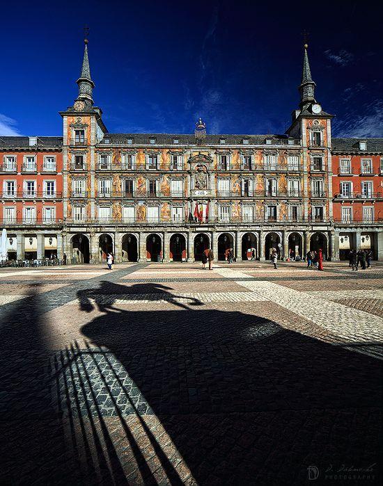 Plaza Mayor (Madrid. España) www.dominicdahncke.com/