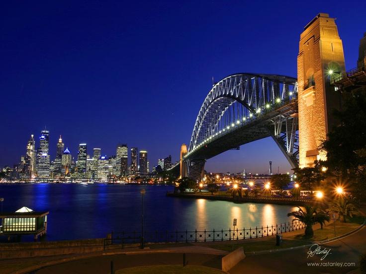 Sydney Harbour Bridge by night rastanley.com.au
