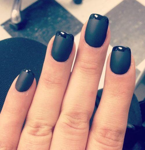 Manucure noir