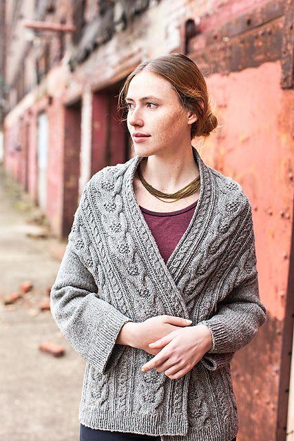 Voici peu, sur Ravelry, s'est ouvert un groupe de fans de Michiyo la designer tricot/crochet japonaise dont je vous ai déjà parlé. Le groupe Smitten Michiyo est ouvert aux anglophones, aux francophones… à tous. http://www.ravelry.com/groups/smitten-michiyo...