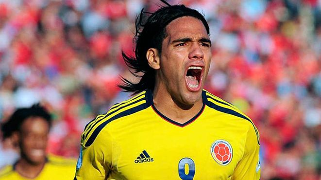 Colombia's Radamel Falcao is paid ~ 350,000 GBP per week and is playing for Manchester United's U-21 side. What's going on over there? 11.03.15
