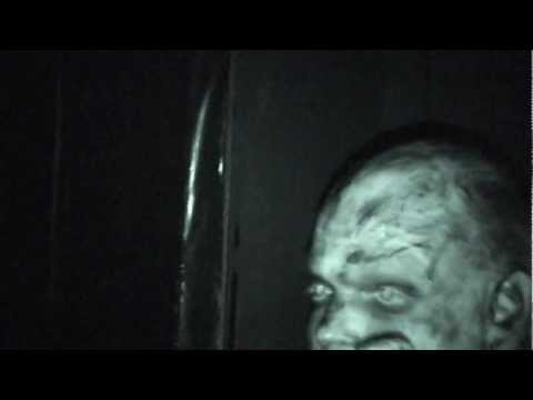"""Horrortrip for 2 girls --- walking through the largest Horrorlab of Germany in KIEL --- filmed by a """"friend"""" of the them ---- lol"""