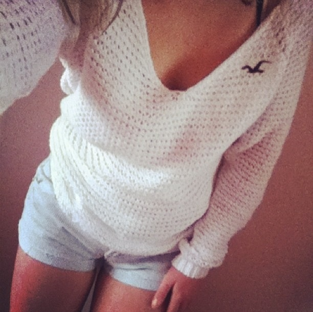 Very comfy sweater. You can wear it in the winter or even in the summer when you come back from the beach.