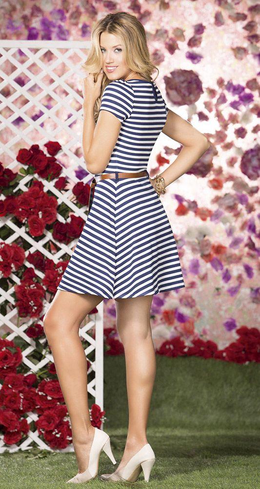 Los vestidos de rayas son elegantes, divertidos y modernos. Ideales para cualquier ocasion. #yovistoTyTjeans