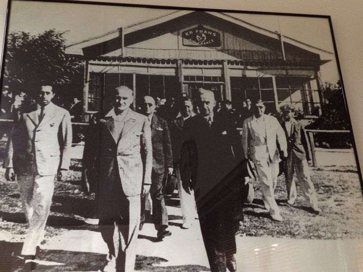 Atatürk and Air France in Istanbul