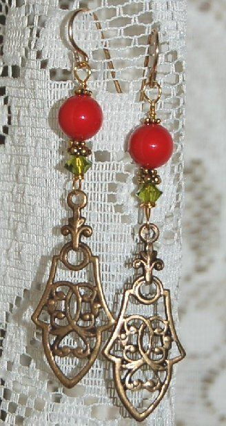 Gotisk stil örhängen 36 mm