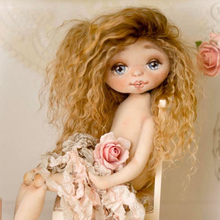 #куклатекстильная #куклытекстильные #кукларучнойработы #куклыручнойработы #коллекционнаякукла #коллекционныекуклы #хлопок #куклаизхлопка #кукладлядуши #кукла #куклы #интерьернаякукла #авторскаяработа #авторскаякукла #авторскиекуклы #арт #выставкакукол #одеждадлякукол #шебби #шебби-шик #бохо #винтаж #рукоделие #декор #текстильнаякукла #текстильныекуклы #творчество #ярмаркамастеров #etsy #dollmaker