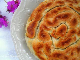 Vikend kuvarica: Tiganopsomo / Grčki hleb-pita sa sirom iz tiganja