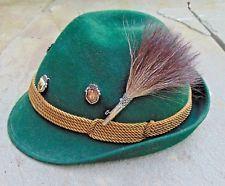 Bayerland German Bavarian Octoberfest Green Felt Alpine Hat w/ Boar Brush & Pins