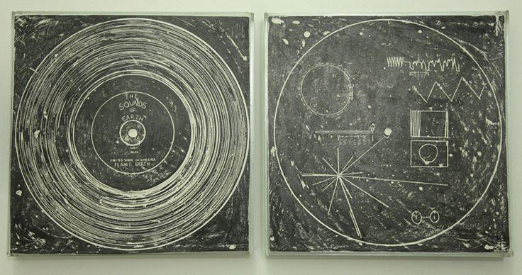 Matteo Berra (2013) The Sounds of Earth (dittico), Vetro, gesso, grafite, Cm 30 x 30 x 4 each