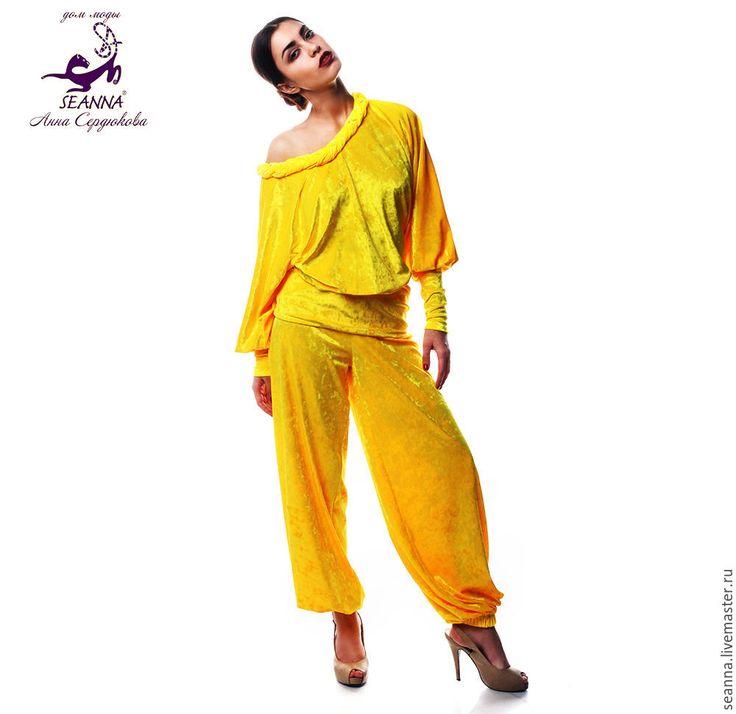 """Купить Роскошный удобный костюм для отдыха бархатный стрейч """"Солнечно-желтый"""" - желтый костюм"""