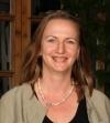 Patricia Stähler-Plano, geboren in Bad Nauheim und aufgewachsen in Frankfurt, entschied sich, mit ihrer Familie im Jahre 2006 in die Wetterau zurückzuziehen. Schon als Kind galt sie als Büchernarr und schrieb mit 12 Jahren ihre ersten Kurzgeschichten für Freunde.  Patricia Stähler-Plano ist Diplom Mentalcoach, Autorin und TCM Praktikerin. Seit 1998 arbeitet sie mit Gruppen und Einzelpersonen in Trainings und Coachings.